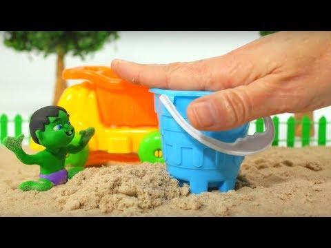 BABY HULK PLAYS WITH SAND ❤ Frozen Elsa & Superhero Babies Play Doh Cartoons For Kids