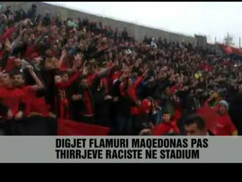 Kosovaret djegin flamurin e Maqedonisë Vizion Plus News Lajme