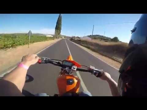 Yamaha DT100 cc BY BARacing vs DT s Team Vale parra
