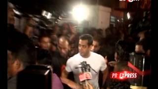 PB Express : Salman Khan, Shahrukh Khan, Ranbir - Katrina, Shruti Hasan & more