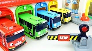 Tayo(타요) Tayo the little bus Car Wash, Garage, Gas station, Wheel on the bus 꼬마버스 타요 세차장 차고지 주유소 장난감