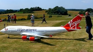 FLYING THE BIGGEST REMOTE CONTROLLED AIRPLANE IN THE WORLD! - RC AIRPLANE