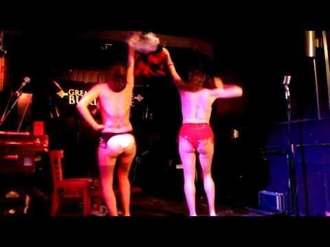 Xxx Mp4 Performance By Chesty La Rue And Maria Juana From Tits For Tots 3gp Sex