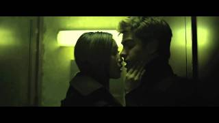 The Social Network Bathroom Kissing Scene with Brenda Song (HD)