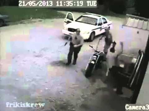 Policías tontos