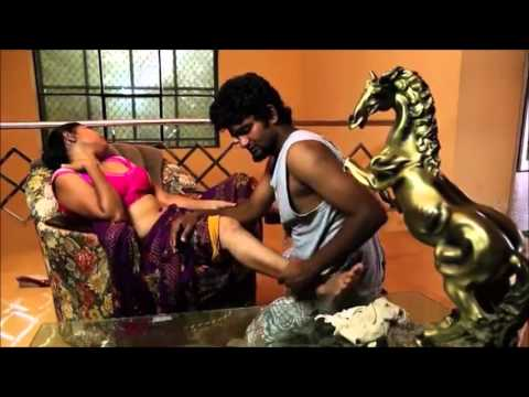 Hot Aged Telugu Aunty Romance with Cable Boy