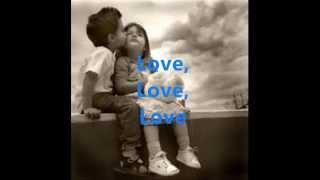 Zoe-Love  ( Letra  )♥ LYCRIS
