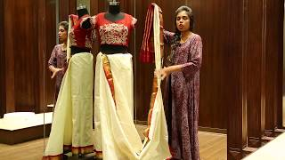 How to Wear a Saree in Bengali Style - Saree Draping