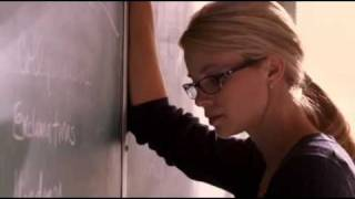 Amy Smart freaking out in