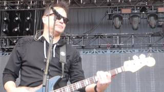 blink-182 - She's Out Of Her Mind (Live - Soundcheck - Mountain View, CA)