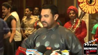 Aamir Khan Wears Chinese Outfit Gifted By Jackie Chan @ PK Success Party 720p