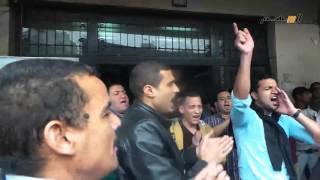 عمال الاوقاف متحدين الوزير: احنا مش بلطجية هما اللى حرامية