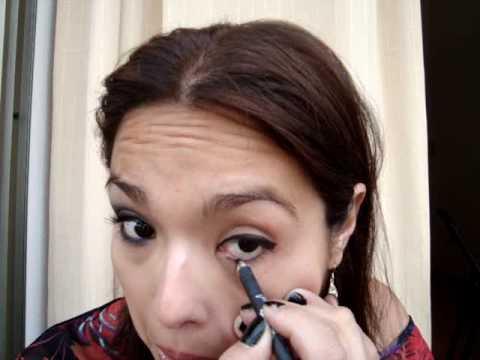 ojo de gato y maquillaje para usar con lentes