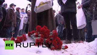 Russia: This is the Charlie Hebdo solidarity memorial set-up by Moscow residents