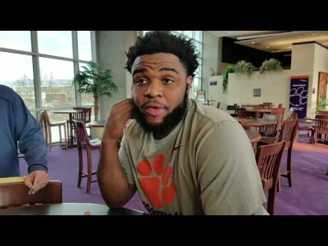 TigerNet Christian Wilkins on the grab