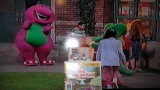 Walk Around The Block With Barney - Slide Show!