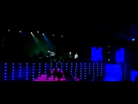A. R. Rahman -  Tu Hi Re Unplugged  in SYDNEY CONCERT  2010 ( PART 7 )