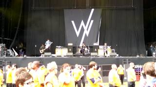Sleeping With Sirens - Kick Me @ Leeds Festival 2014