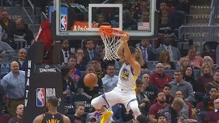 Stephen Curry DUNKS AND KEVIN DURANT CAN'T BELIEVE IT!!!