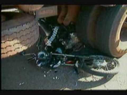 MS Record 1ª Edição Acidente entre moto e carreta acaba em morte na Capital