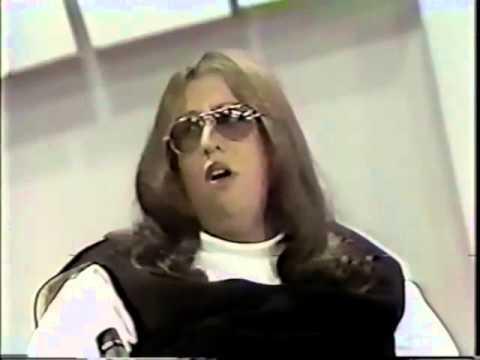 youtube com ▶ Cass Elliot interview - 15 July, 1974