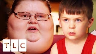 Ashley's 5 Year Old Son Helps Her With Just About Everything | My 600-lb Life