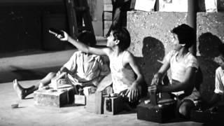 Do Bigha Zamin- Trailer   Balraj Sahani, Nirupa Roy