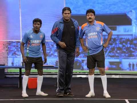 Cinemaa Chirimaa football skit final India V/s Argentina by Pashanam Shaji Mazhavil Manorama