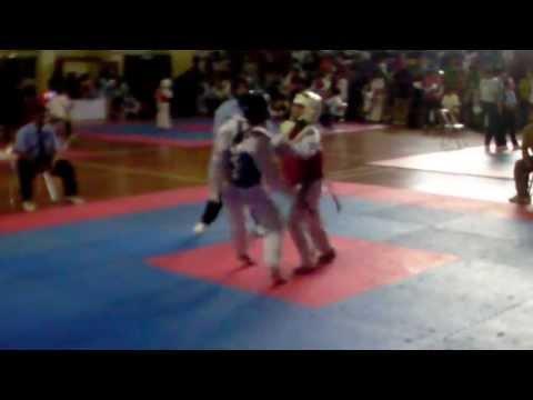 Taekwondo KO - Anak SD TKO Anak SMP