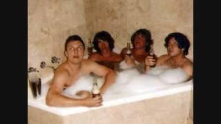 Arctic Monkeys- Diamonds Are Forever (studio version)