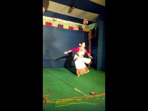 Bihu Dance By Monalisa at Kolkata SD Tower
