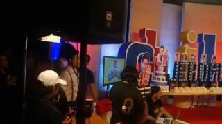 Darren Espanto watching Tatlong Bibe Prod