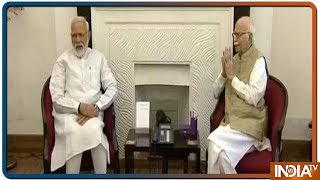 Narendra Modi seeks blessings from LK Advani, MM Joshi after massive victory in LS Elections