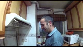 Julesporelmundo - Spanish Omelet cooking in Iran