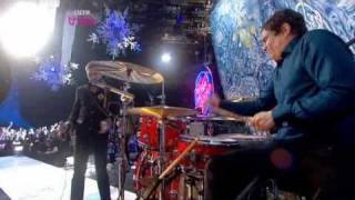 Kasabian - Fire (Live At Top Of The Pops Christmas 2009)