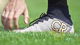 adidas vs Nike vs Puma - Fastest Football Boots Review