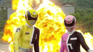 Dekaranger 10 Years After Henshin and Fight