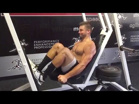 Tim Tebow s Strange But Impressive Workout