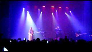 Royksopp covers Kate Bush's Wurthering Heights