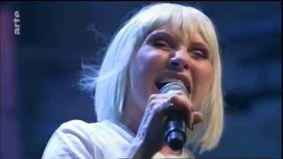 "Blondie: ""Atomic"" - Live in Berlin 2017"
