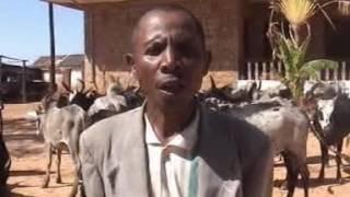 RAHOLINARIVO Paolo Chef de District de Betroka nahatratra OMBY halatra 2010