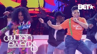 Tisha Campbell and Tichina Arnold Revive the '90s With Their Medley Tribute   Soul Train Awards 2018