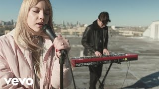 The Chainsmokers - Setting Fires (Acoustic Version) ft. XYLØ
