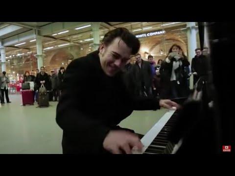 Random guy plays public piano. Crowd goes mental