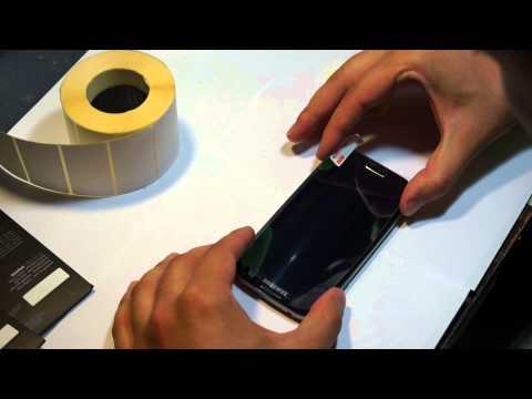 как клеить защитное стекло на смартфон видео