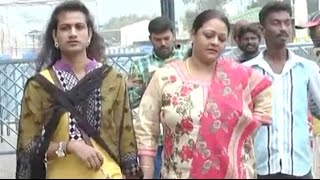 VIDEO : Shakeela In Tirumala With Her Transgender Daughter - Tirupati