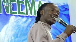BarnabaClassic   akiimba  UPENDO ya Abwene Mwasongwe ndani ya NEEMA JUU YA NEEMA
