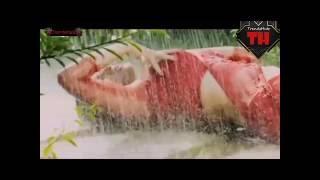 Pori Moni kissing scene with hot songs clip