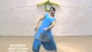 pakistani girl dance.flv