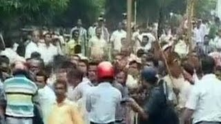 Congress workers lathicharged in Odisha-3